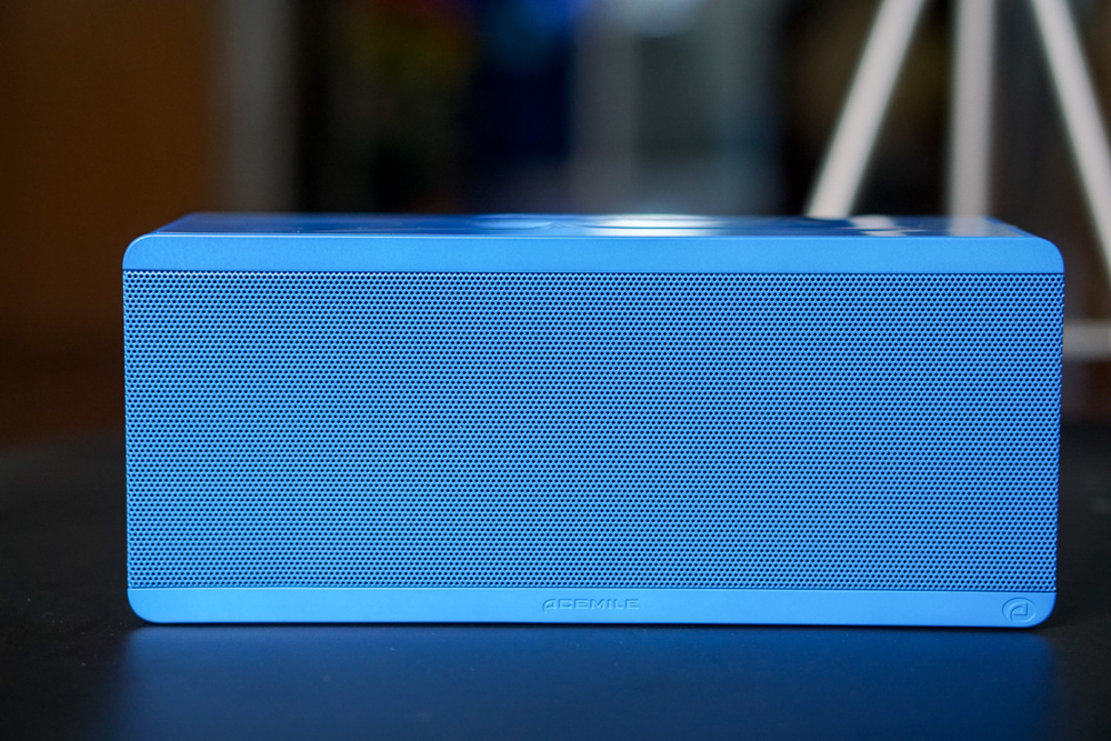 最大的客廳也能HOLD住—全景音3D音箱Theatre Box體驗